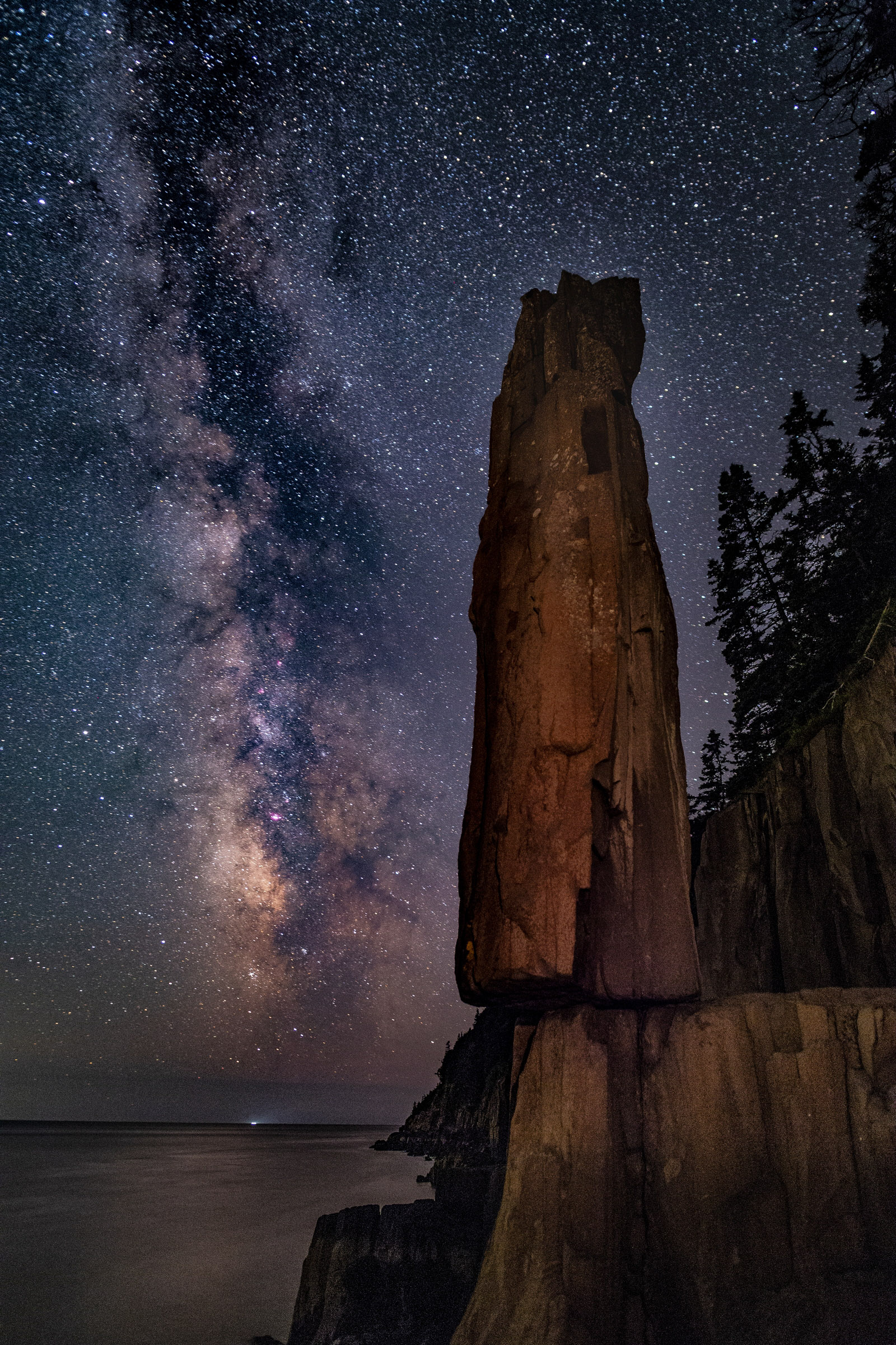 29 Balancing Rock and Milky Way
